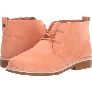 NEW Hush Puppies Cyra Catelyn Suede Bootie Peach 8